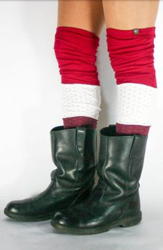 Leg warmers aren't just for dancers. They keep the legs toasty and also look kind of cute, no? Here are two ways to make DIY leg warmers out of old socks. Or, you could just buy a pair of upcycled leg warmers from Etsy! Green Living Tips, Eco Friendly Fashion, Diy Accessories, Diy Clothing, Animals For Kids, Step By Step Instructions, Leg Warmers, Dancers, Diy Fashion