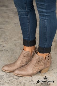 Travis Cut-Out Ankle Boot - Taupe