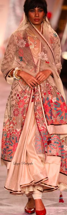 ★ Tarun Tahiliani ★Summer/Resort 2014❋Laya Padigala❋ Tarun Tahiliani, Gorgeous Fabrics, Indian Style, Saris, Salwar Kameez, Indian Outfits, Indian Fashion, Desi, Folk