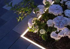 Studio N - Landscape and Garden Lighting Design and Supply Outdoor Lighting Landscape, Landscape Lighting Design, Backyard Lighting, Modern Landscaping, Outdoor Landscaping, Flower Bed Plants, Park Lighting, Exterior Lighting, Drawing People