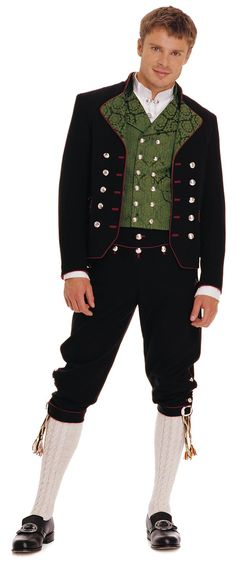 Men's bunad from Rogaland, Norway. National outfit, each area has their own variation. Folk Costume, Costumes, Norwegian Clothing, Costume Ethnique, Norwegian Style, Beautiful Norway, Traditional Dresses, Fashion Pictures, Costume Design