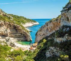 Stiniva Cove Vis Croatia, Central Dalmatia