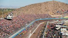 die skorpione flüchten aus der wüste..warum ?..nascar kommt.. ThreeWide.de   Der NASCAR-Stammtisch