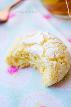 "Lemon Cookies ""Lemon Crinkles"" · To the delight of the palace Mini Cookies, Lemon Cookies, Biscuit Cookies, Yummy Cookies, Lemon Desserts, Mini Desserts, Delicious Cookie Recipes, Yummy Food, Cinnamon Tea Cake"