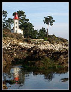 Sainte Marine #Bretagne #Finistere #phare #lighthouse © Paul Kerrien  http://toilapol.net