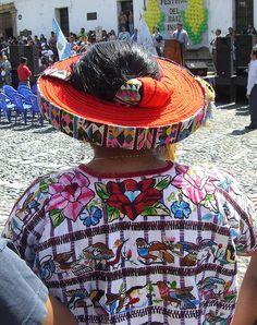 Central America, North America, Mayan Language, Costume Ethnique, Maya Civilization, Guatemalan Textiles, Lake Atitlan, Cultural Capital, People Of The World