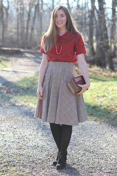 Veronika skirt sewing pattern [FREE] from Megan Nielsen