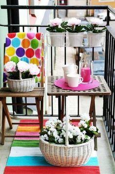 Tips para decorar balcones pequeños con poco dinero