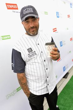 Aaron Lewis - City of Hope's 23rd Annual Celebrity Softball Challenge