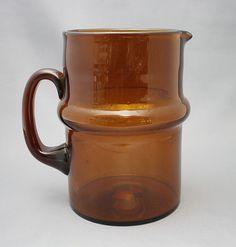 Lasi kaadin, Talonpoika. Humppilan Lasi Moscow Mule Mugs, Finland, Mid-century Modern, Scandinavian, Glass Art, Objects, Mid Century, Interior Design, Deco