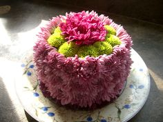 How to make a birthday cake with fresh flowers For the birthday