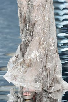 Elie Saab Spring 2010 Couture Collection Slideshow on Style.com
