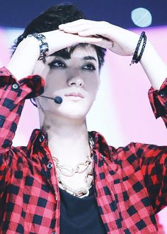 Tao… I can't take this - The plaid shirt and sexy black hair makes you look like Marshall Lee from Adventure Time :P