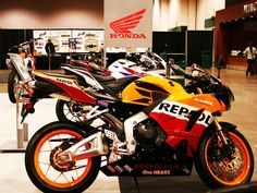 Featured brand new 2013 Honda CBR600RR