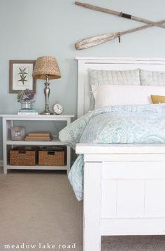 Coastal Bedroom Design and Decoration Ideas - For Creative Juice Beach House Bedroom, Home Bedroom, Bedroom Decor, Bedroom Ideas, Nautical Bedroom, Spare Bedroom Paint Ideas, Lake House Bedrooms, Bedroom Curtains, Beach Condo
