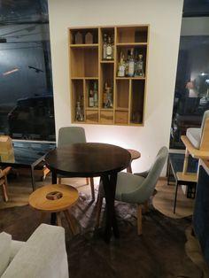 Mesa Hermes Cedro [85x75] $15,000.00  Silla Concorde Polyester $6,200.00