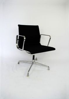 1000 images about eames design icons on pinterest eames for Herman miller stoel