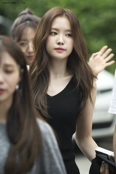 Kpop Girl Groups, Korean Girl Groups, Kpop Girls, Korean Celebrities, Celebs, Apink Naeun, Grunge Girl, Cute Korean, Curvy Fashion