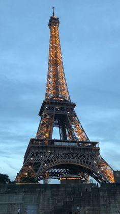 Discover the Best of Paris - Paris Photography, Nature Photography, Travel Photography, Eiffel Tower Photography, Paris Video, Paris Wallpaper, France Wallpaper, Bridge Wallpaper, France Photos