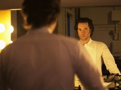 """Rufus Wainwright Talks Opera Prima Donna and Why the Genre's """"Not for Sissies"""" Pop Musicians, Opera News, Travel Movies, Book Signing, Atheist, Picture Photo, Music Videos, Singer, Poses"""
