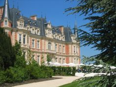Les Fontaines, Chantilly, France http://www.les-fontaines.com/