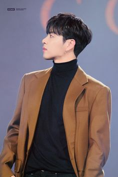 181123 iKON Ju-ne at Hero Concert © kosmic meteor do not edit, crop, or remove the watermark Yg Entertainment, Koo Jun Hoe, Kim Jinhwan, Jay Song, Ikon Debut, Ikon Wallpaper, My Wife Is, Korean Star, Mingyu