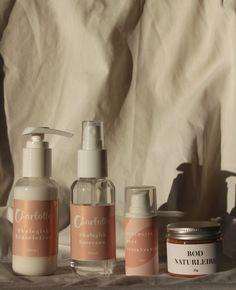 kr 550,-Pakken ... Soap Dispenser, Bottle, Rose, Soap Dispenser Pump, Pink, Flask, Roses, Jars