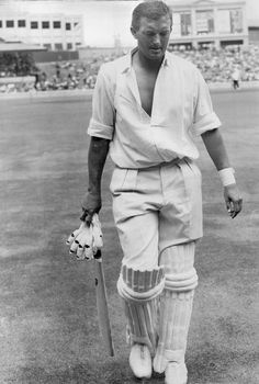 Richie Benaud became the first player to reach 200 wickets and 2,000 runs in Test cricket, 1963