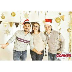Como cuando nos convertimos en la imagen institucional de la empresa. #Gonher #Godinipsters #Godinez #amazing #smile #happy #friends #christmas #emoji #bestmoments2015 #smile #holidaydecoration #snow #2015 #hollydays