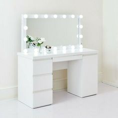 Dressing Table In Bay Window, Dressing Table Hollywood Mirror, Dressing Table With Mirror And Lights, Ikea Dressing Table, Dressing Room Decor, White Dressing Tables, Dressing Table Design, Dressing Table Mirror, Dressing Table Organisation