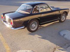 Triumph Italia 2000 Vintage Sports Cars, British Sports Cars, Classic Sports Cars, Vintage Cars, Classic Cars, Triumph Motor, Triumph Sports, Coventry, Swiss Cars
