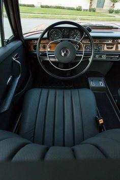 Mercedes Benz – One Stop Classic Car News & Tips Mercedes W114, Mercedes Benz 220, Mercedes Benz Cars, M Benz, Benz Amg, Bmw Classic Cars, Classic Mercedes, Mercedes Interior, Mercedez Benz