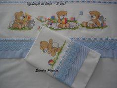 Resultado de imagem para jogo de lençol para berço  bordado em ponto cruz bichinhos