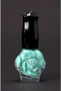 LOVE the bottle!!  anna sui nail color