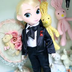 Black suit. Doll cloyhes for Disney by RabbitinthemoonThai on Etsy