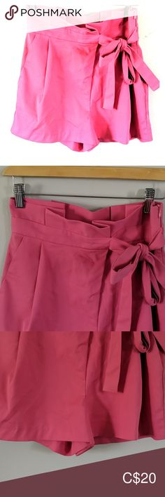 Zara high waisted ruffled side tie shorts Side zipper, in great condition. In a bright bubblegum pink color Trafaluc Shorts Tie Shorts, Zara Shorts, Bubblegum Pink, Plus Fashion, Fashion Tips, Fashion Trends, Pink Color, Bright, Zipper