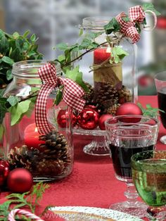 Windlichter weihnachtlich dekorieren