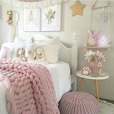 pink girls bedroom inspiration