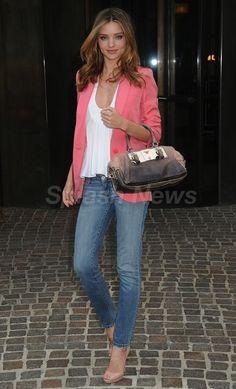 Skinny jeans with a flowy white top, pink blazer & open toe heels