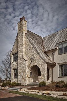 Grand Traditions Fine Homes-English Arts & Crafts Custom Home built in Barrington, Illinois Modern Exterior, Exterior Design, Stucco Homes, Exterior Homes, English Country Style, Dream House Exterior, House Exteriors, Stone Houses, White Houses