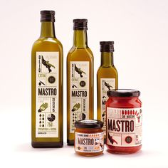 Mastro Azienda Agricola packaging by The packaging branding Olive Oil Packaging, Bottle Packaging, Food Packaging, Pretty Packaging, Product Packaging, Packaging Ideas, Bottle Labels, Olive Oil Bottles, Label Design