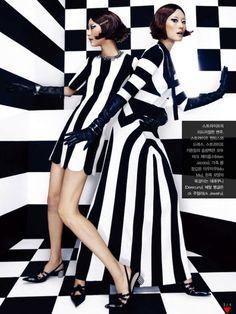 Street Style Black And White Enjoyment - Fashion Diva Design