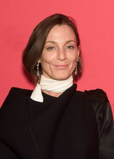 Phoebe Philo will join longtime collaborator Juergen Teller, who shot most of Philo's campaigns during her 10 years at the helm of Céline, for the panel discussions led by Engadin Art Talks. Celine, Looks Style, My Style, Juergen Teller, Phoebe Philo, Art Festival, Pretty Woman, Supermodels, Work Wear