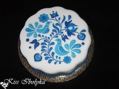 Blue and White Cakes To Make, Cakes And More, How To Make Cake, Peacock Foods, Peacock Cake, Cute Cookies, Cupcake Cookies, Sugar Cookies, Hungarian Cake