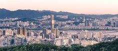 Seoul #22 -prescan -crop, See that building in the middle-ish? It's the 63 City! I HAVE to see a standing, block of gold.