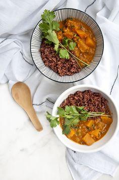 Pumpkin, Coconut & Lentil Curry #Vegan #GlutenFree #PlantBased #Healthy #Pumpkin #Autumn