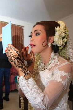 Make up 💄💋 #behindthescene #wedding #adatsunda