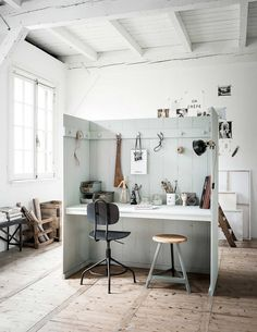DIY to create this little working nook