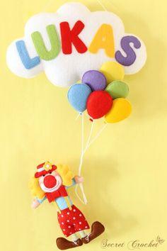 felt clown with balloons