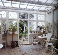 THE GREEN GARDEN GATE: THE CONSERVATORY IS LIGHT AND COMFORT ALL YEAR ROUND II